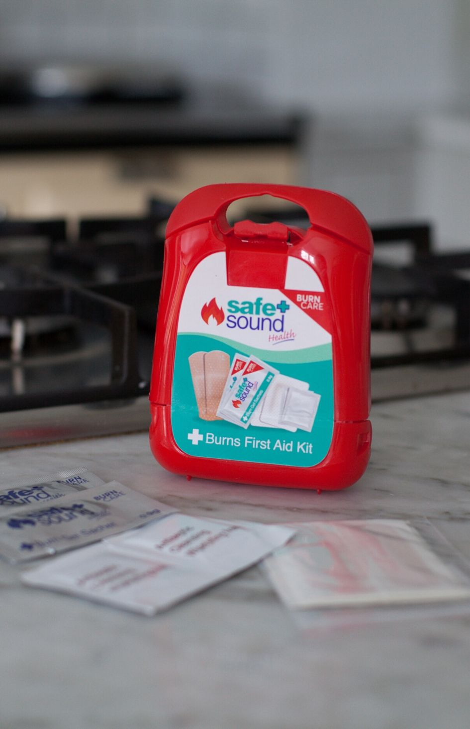 treat burn's and scalds at home with Safe and Sound Health burn's first aid kit